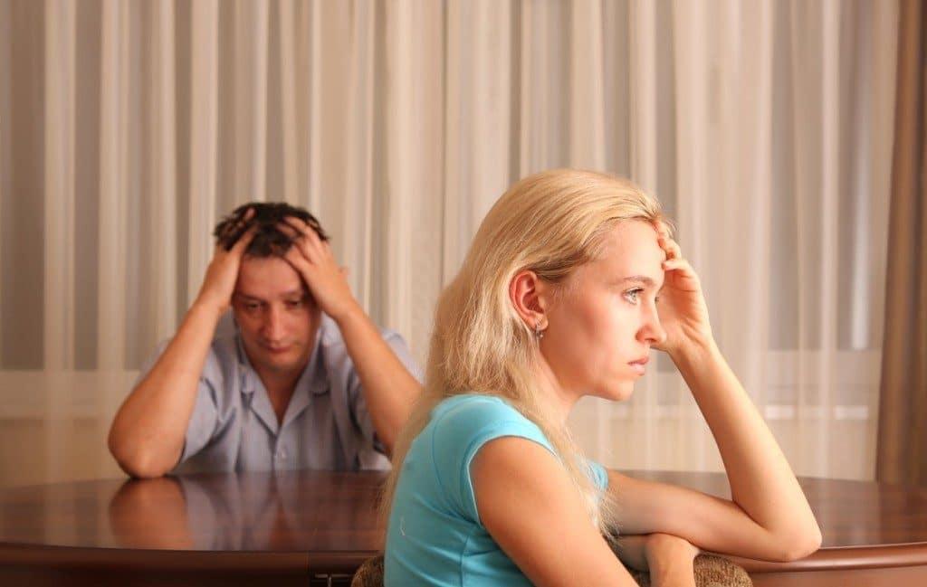В чем причина измен между супругами?