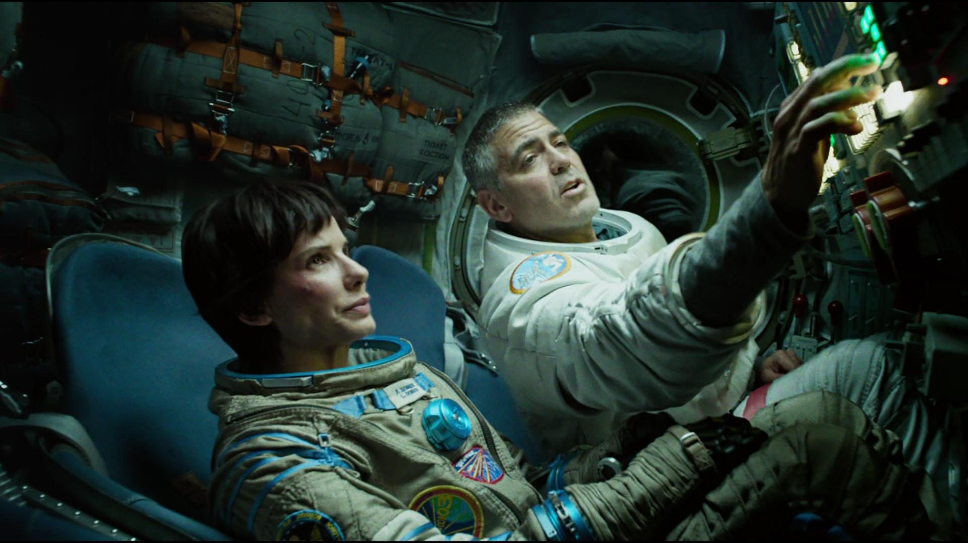 Мини-бикини для космонавтов